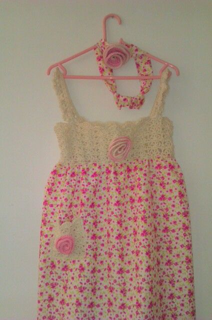 Floral cotton sun dress with crochet