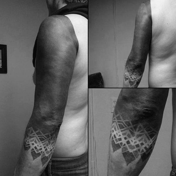 Mann tattoo beim 40 Best