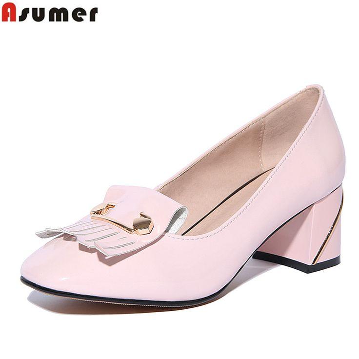 Высокое качество натуральная кожа моды кисточкой женщины насосы квадратных ног med каблуки туфли большой размер 34 43 блестками офис обувь купить на AliExpress
