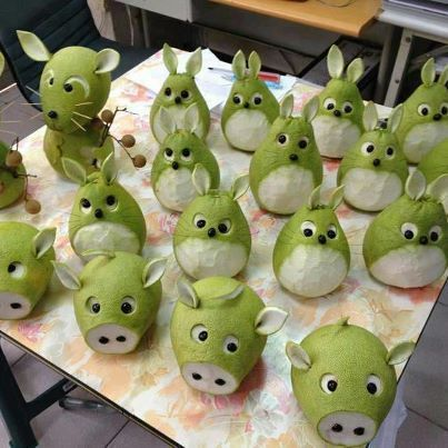 These Healthy Snacks Are So Fun, Kids Will Want to Eat Them - Pear animals