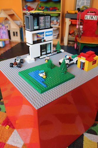 DIY Lego Table (tutorial)