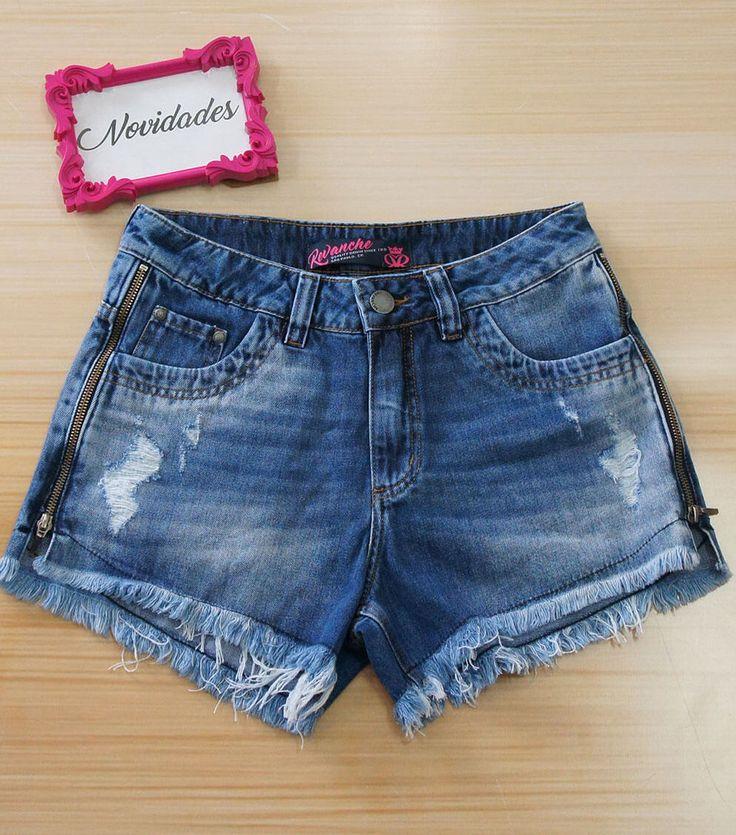 Incrível esse modelo de Shorts Revanche Jeans com Detalhe em Zíper. Compre pelo nosso site www.lojas22k.com.br  #look #fashion #lookdodiabrasil