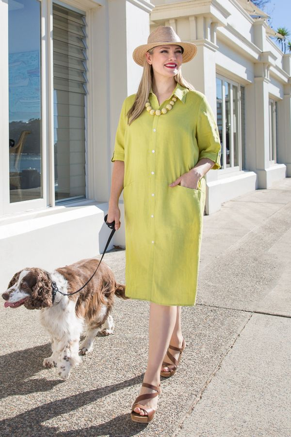 7800 Linen Dress - Shirtmaker style classic button through linen dress. Accessorise with jewellery or a colourful scarf and it will take you anywhere. Cool, comfortable fabric, wonderful for the hot humid summer. Features buttons down the centre, collar and cuffed sleeves.