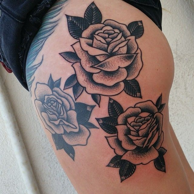 Added a couple roses to an existing one. @san_clemente_tattoo #sanclementetattoo