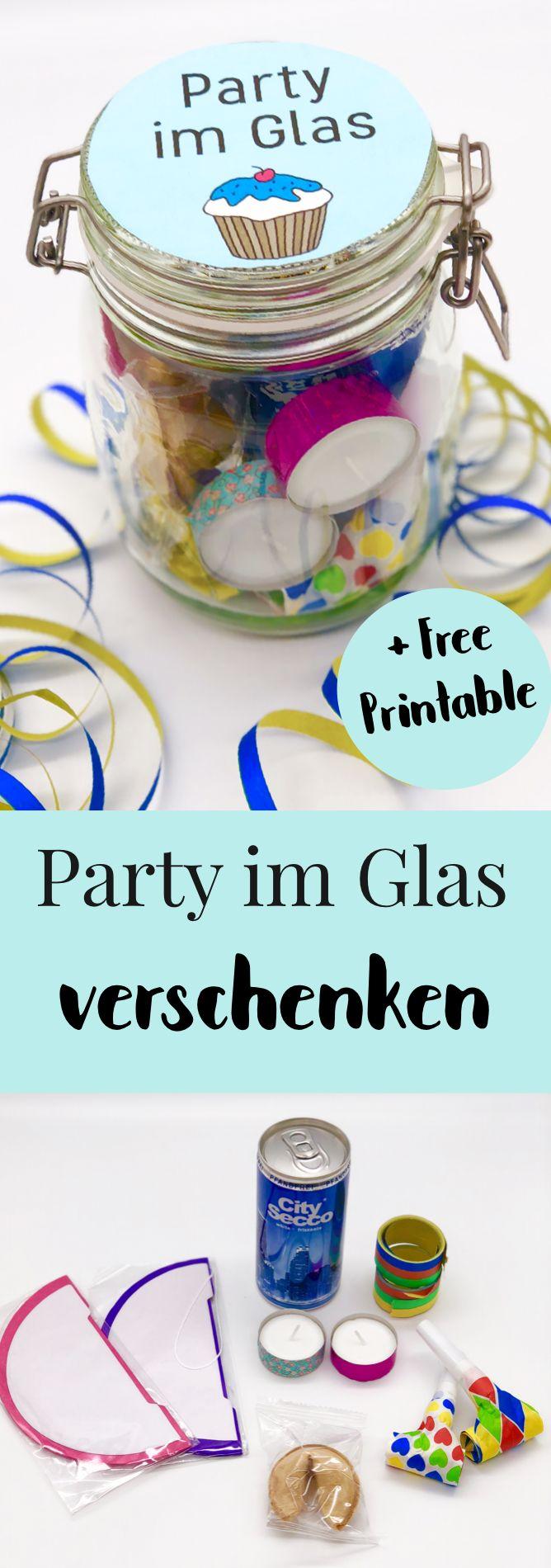 Süßes DIY Party Mitbringsel selber machen. DIY Geschenke verpacken im Glas - ideales Mitbringsel oder Gast Geschenk zum Geburtstag, Geschenk für ihn oder sie. Schöne Geschenkideen für die beste Freundin oder die Mama. #geschenkideen #geburtstag
