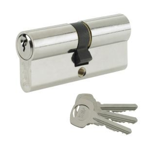 Yale 100mm Nickel Plated Euro Cylinder Lock Yale 100mm Nickel Plated Euro Cylinder Lock.This 100mm euro cylinder lock features nickel plated construction and is ideal as a replacement cylinder for timber PVCu and composite doors. (Barcode EAN=5 http://www.MightGet.com/april-2017-1/yale-100mm-nickel-plated-euro-cylinder-lock.asp