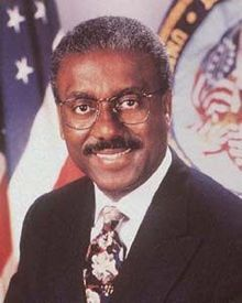 August 15, 2002 Jesse Brown, the first African American to serve as United States Secretary of Veterans Affairs, died. In 1967, he joined the staff of Disabled American Veterans and in 1989 became the DAV's first African American director. He served in that position until 1993 when he was selected by President William J. Clinton to become Secretary of Veterans Affairs. Brown served in that capacity until 1997.