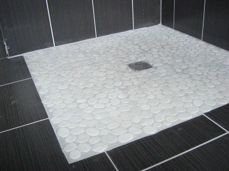 Sol en galets blancs pour cette douche l 39 italienne for Idee pour site web