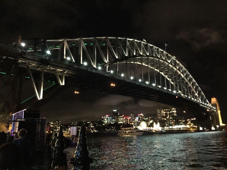 #SydneyHarborBridge #Vivid