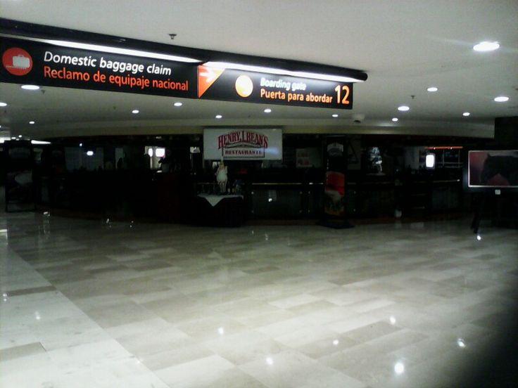 Henry L. Beans Aeropuerto De Guadalajara