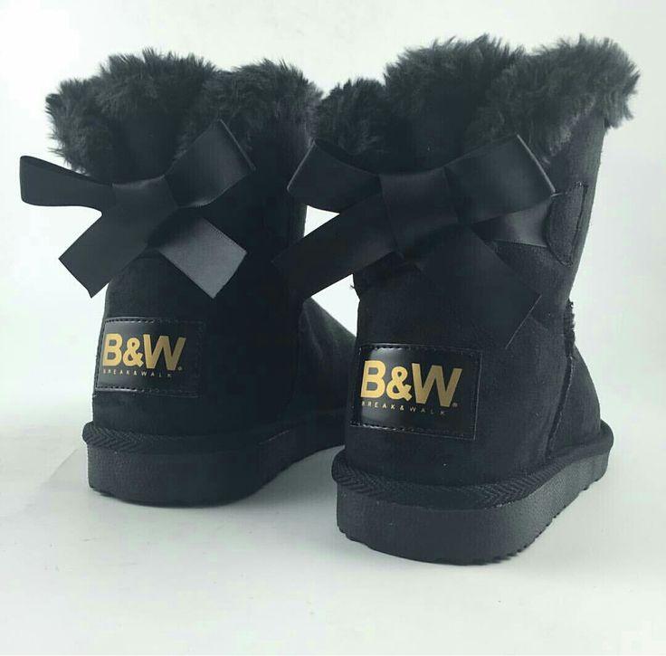 Para aislar tus pies de los días más fríos... las #botas australianas. ¡Rebajadas!