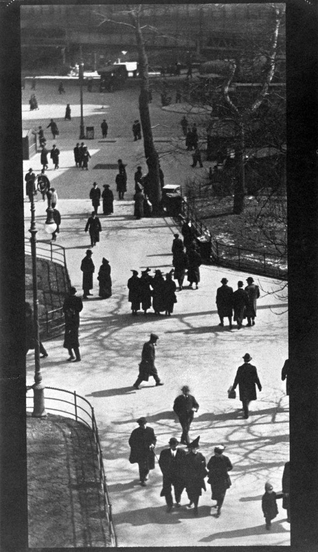 Paul Strand. 'City Hall Park, New York' 1915