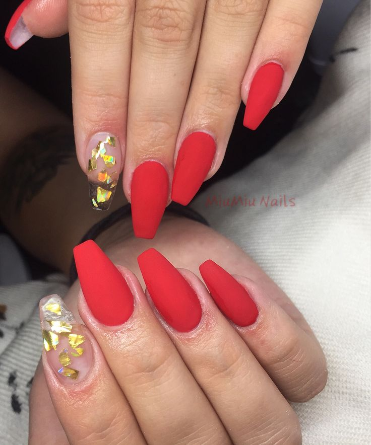 Red coffin acrylic nails
