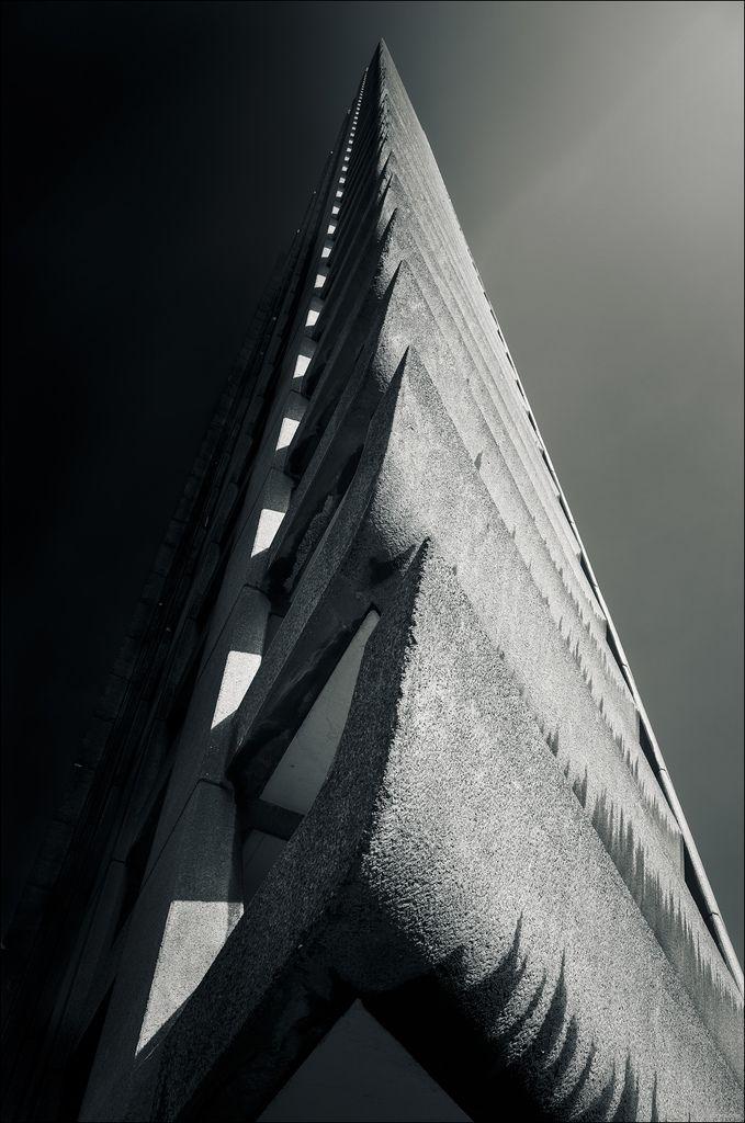 Barbican Tower, London #bw @blackwhitepins