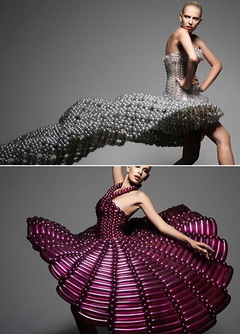 Wedding dresses made from balloons by Rie Hosokai - You are Fucking kidding? I have a balloon phobia! @Shannon Bellanca Bellanca Clarke Devine