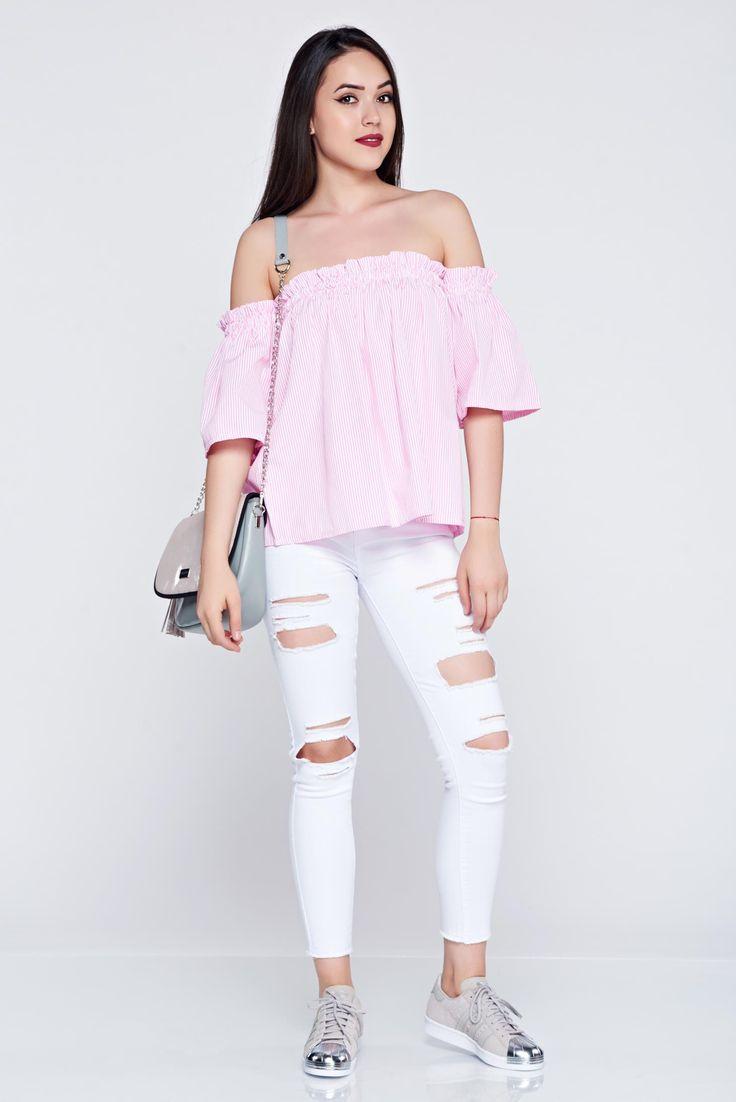 Comanda online, Bluza dama cu croi larg cu maneca scurta roz deschis cu dungi. Articole masurate, calitate garantata!