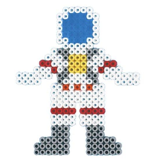 astronaut van strijkkralen, even een foto van het gezicht erin plakken