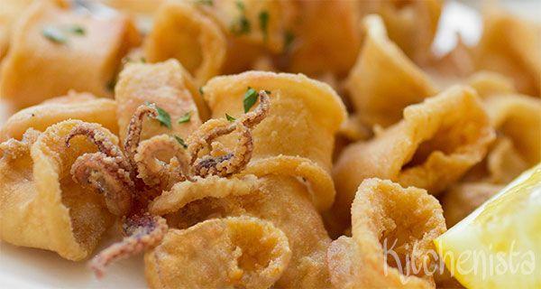 Calamares of calamari, gefrituurde inktvisringen, heb je vast wel eens gegeten als je van tapas houdt of een liefhebber van de Spaanse keuken bent. Zeker hier in Nederland ken je ze dan waarschijnl…
