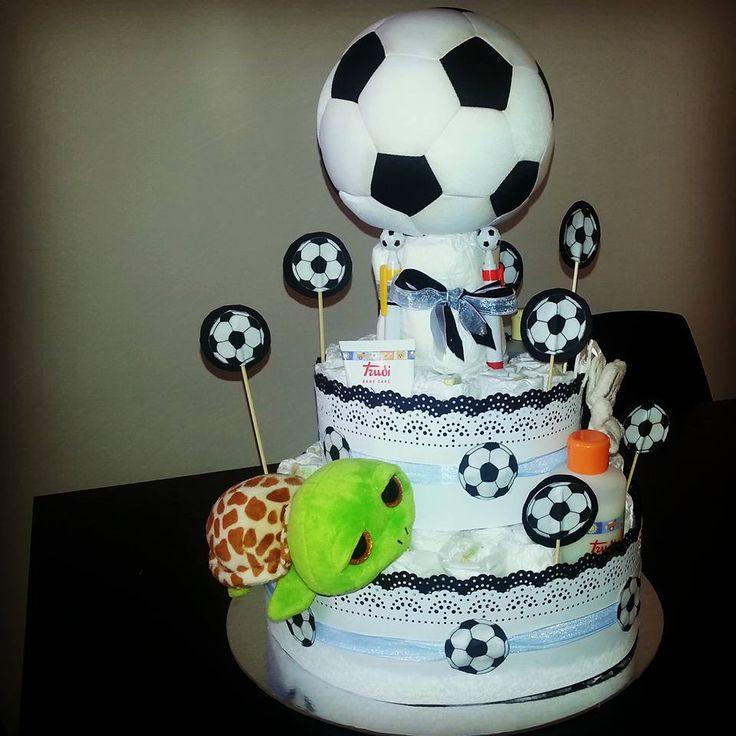 torta Genova Italia bimbo maschio calcio tema calcio pallone bianco e nero