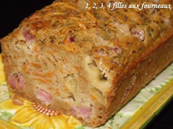 Ça fait longtemps que je ne vous avais pas proposé de cake salé et voici donc une nouvelle version que j'aime particulièrement. Ingrédients : - 200 g de farine - 200 g de jambon fumé - 3 oeufs - 8 cl de lait - 8 cl d'huile d'olive - 100 g de cantal -...