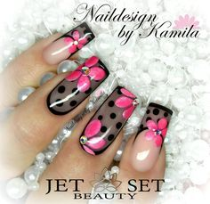 Naildesign by Kamila Achatz Jet Set Beauty Schulungszentrum und Nagelstudio in F…
