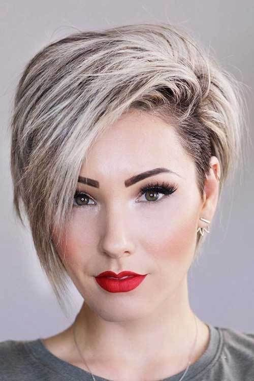 17 More Fresh Layered Short Hairstyles for Round Faces,  #Faces #Fresh #Hairstyles #Layered #...