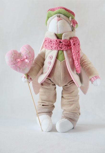 Toys+things: Розово-зеленый зай