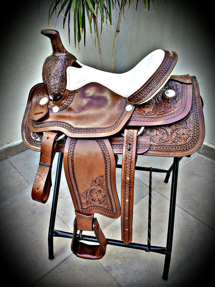 Pin de garloz en monturas texanas pinterest caballos for Monturas para caballos