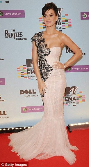 Google Image Result for http://bridalrehab.files.wordpress.com/2010/02/singer-and-presenter-katy-perry-arrives-for-the-2009-mtv-europe-music-awards-in-berlin.jpeg