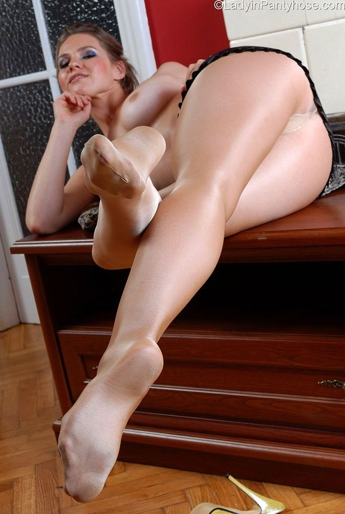Thin Free shiny pantyhose and shit she's