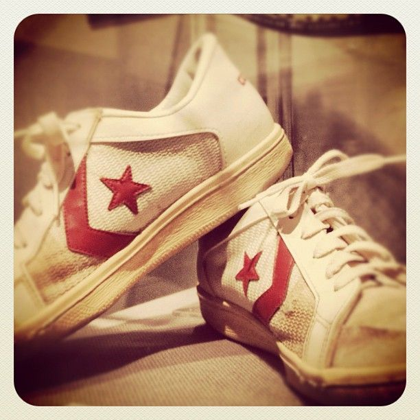 Converse kicks worn by Chris Evert when she won 1983 French Open. Photo: Tennis by Lisa #tennis  #converse