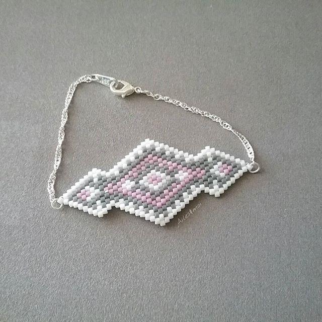 #ailesetmoi #miyuki #tissage #miyukiaddict #brickstitch #bracelet #jenfiledesperlesetjassume