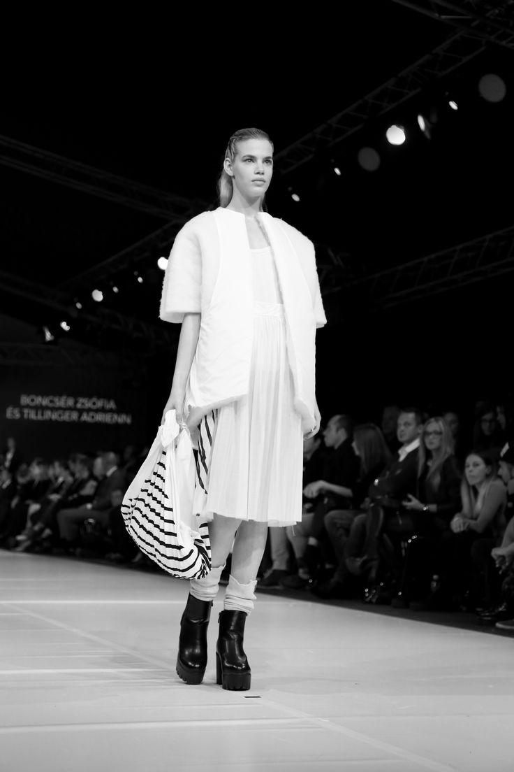 Gombold Újra!_Central European Fashion Days_BATYU_Szofi Boncsér and Adrienn Tillinger_fashion showcase photo/Panna Donka