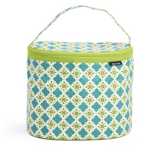 Keep Leaf Insulated Lunch Bag--This lunch bag is stylish, durable and large enough to hold your lunch, snacks, drink bottle and more! Insulated to keep contents fresh and protected. #stockingfiller