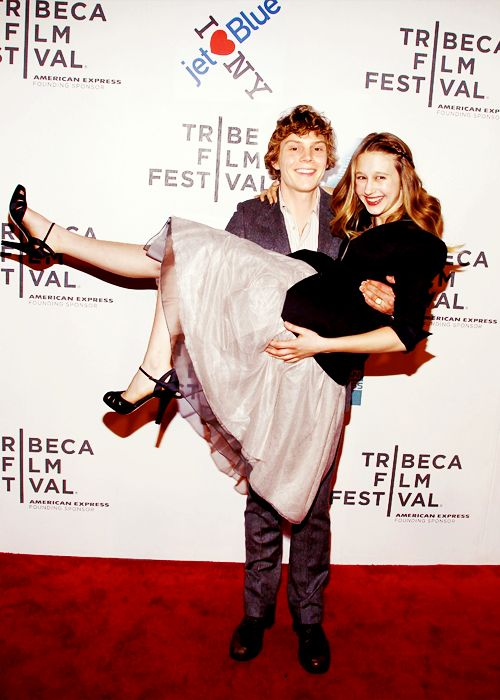 Taissa Farmiga couple