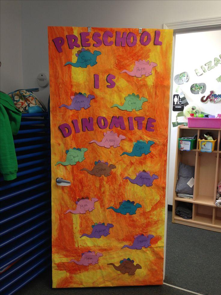 Best 25 dinosaur bulletin boards ideas only on pinterest dinosaur art projects dinosaurs - Door themes for preschool ...
