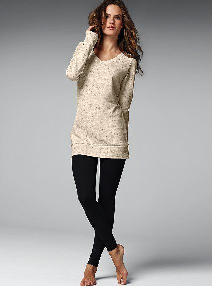 leggings & a tunic are so comfy! wear this all the timeee