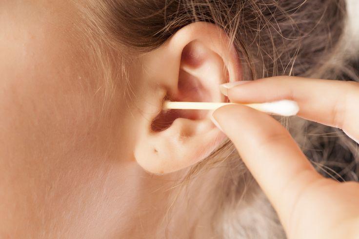 cara membersihkan telinga anak