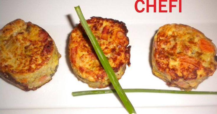 Fabulosa receta para Medallones de col . Estos medallones de col, son muy apropiados como guarnición de carne o pescado, incluso para tomar de primer plato con una cucharadita de bechamel por encima, otra de queso y gratinándolos.