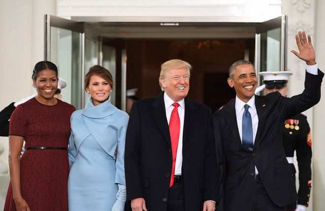 Photo obamas-meet-trumps-on-inauguration-day-01.jpg