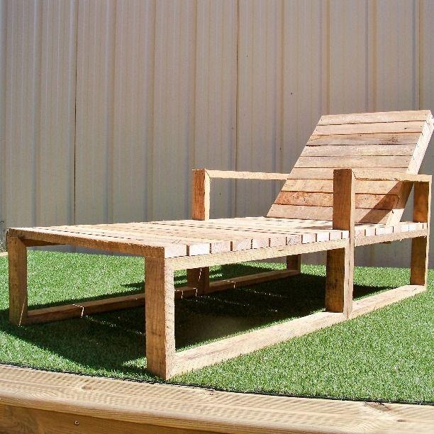 Bain de soleil en bois de palettes recyclé : Meubles et rangements par mascaret-palettes