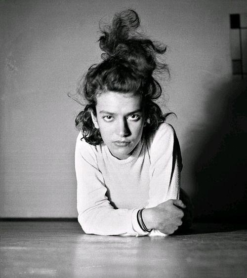 // Eva Besnyö