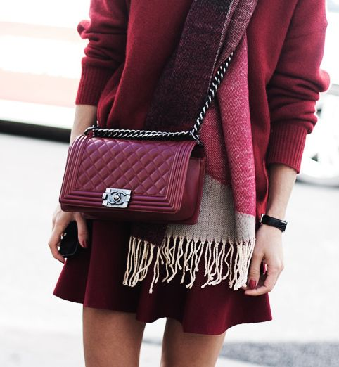 Burgundy Chanel Autumn Street Style | La Beℓℓe ℳystère