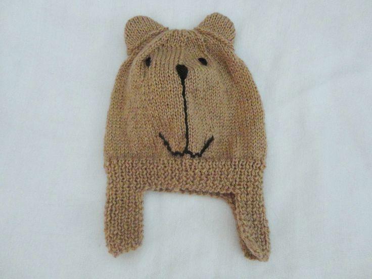 Cobre Orelha Amigo Urso. De lã.