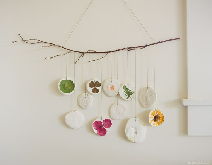 Nature Mobile for Earth Day...GREAT activity for kids...nature scavenger hunt + craft...how to...