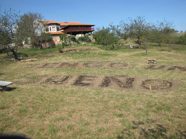 info:http://pacaproyectosartisticos.com/living-landscape/proyectos-en-curso/i-have-a-dream/ and on: http://econodos.net/