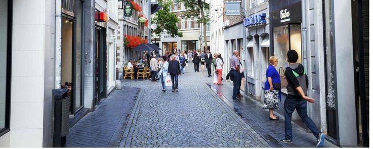 Maastricht is al jaren een geliefde stad voor een stedentrip door de vele bezienswaardigheden, musea en restaurants. Meer informatie vind je op CityZapper.
