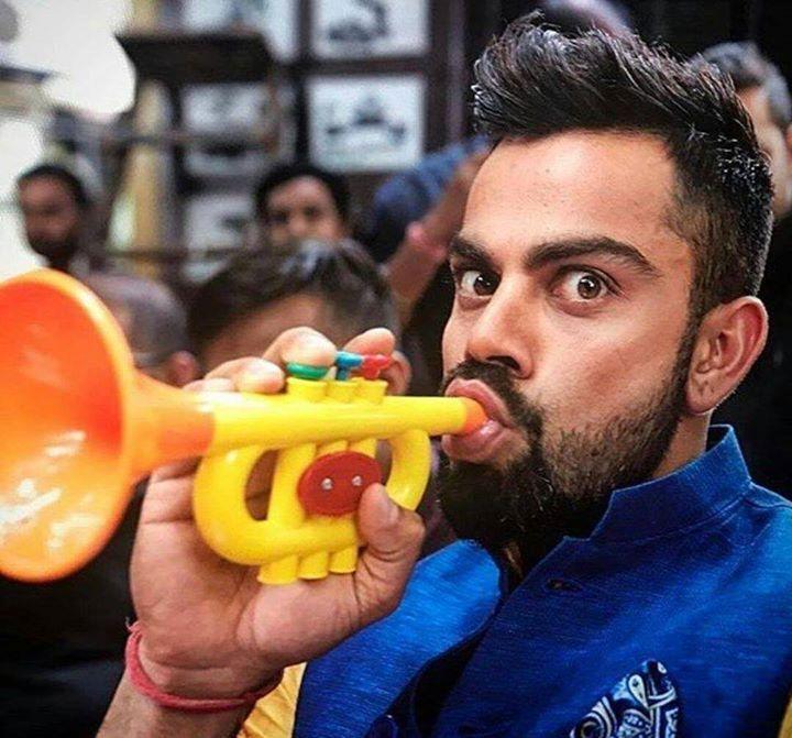 Virat Kohli is his new CANDID look :) For more cricket fun click: http://ift.tt/2gY9BIZ - http://ift.tt/1ZZ3e4d