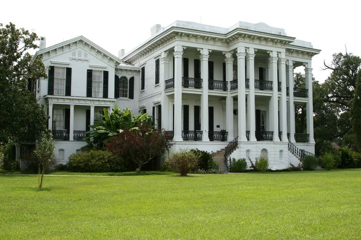 Nottoway Mansion is the largest plantation house in America with 53,000 square feet. The house was originally built in 1859 for John Hampden Randolph and his family of 11 children. The Randolph's were among the wealthiest of sugarcane plantation owners before the Civil War in all of Louisiana. Randolph and four of his sons left the rest of the family at the plantation during the war to start a cotton plantation in Texas.