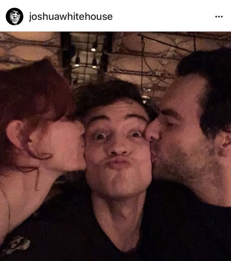 """""""So much love for the picture of me and Dwight Enys! Followed by so many requests for more pictures of me with Poldark cast - just so happens I am out for dinner with everyone tonight and have managed to grab this gem. Here's me with the two true lovers Ross and Demelza - see guys? We're all one big happy family ❤️"""" 19/1/18"""